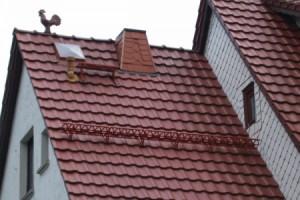 Монтаж металлочерепичного покрытия